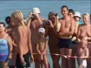 Beach nudist 0132