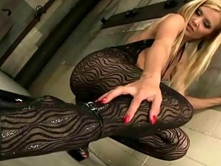 Sophie Moone showing off her sexy feet
