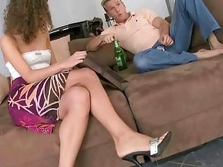 Young beauty enjoys hot foot sex