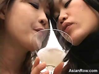 Spitting Amateur Japanese Girls