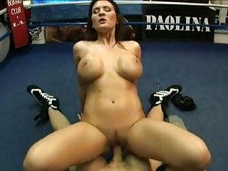 Busty hot milf Austin Kincaid bouncing sexy on a stiff cock with pleasure