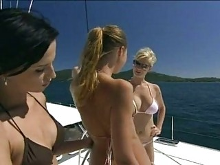 Tarra White is too hot to handle with her friends naked on the yacht