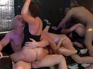 Sexy chicks are guys with raucous cock sucking