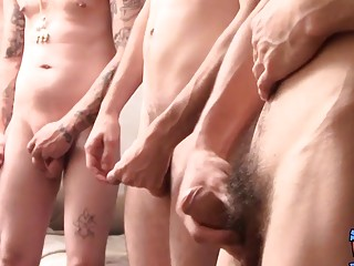Straight guy Devin Reynolds jerks off with group of friends