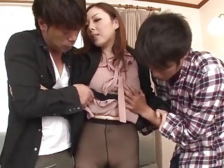 Sexy Asian MILF seduces two guys into pleasuring her pussy
