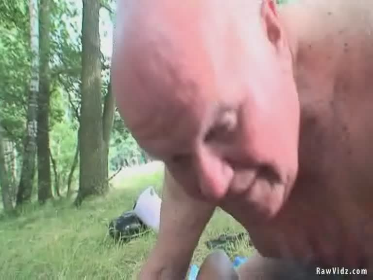 Old Man Creampies Teen Pussy